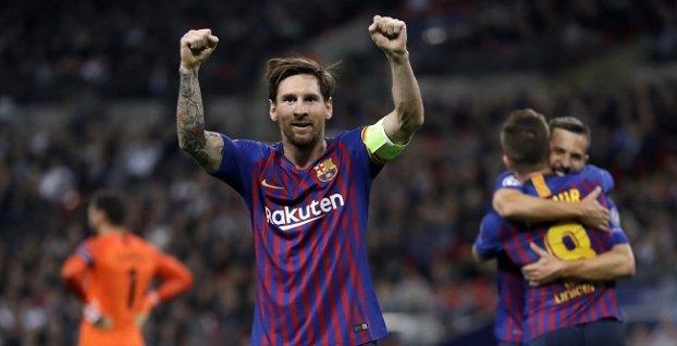 8e69a7ef9e113 Lionel Messi sa teší z piatej Zlatej kopačky | Šport7.sk