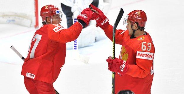 2c2ad73ef91a9 VIDEO: Ruskí hokejisti si z chuti zastrieľali, Rakúsku strelili ...