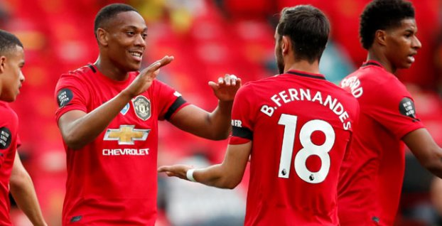 Anthony Martial a Bruno Fernandes (Manchester United)