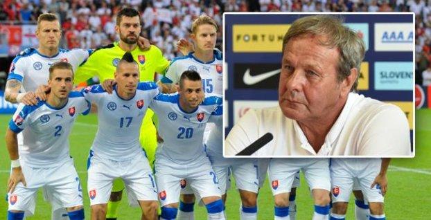 0b412112adc78 Slovensko proti Anglicku bez opory stredu poľa (predpokladaná zostava  vnútri)