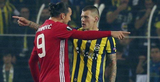 """334d4cc84756b Škrtel po žltej karte a slovnej potyčke s Ibrahimovičom: """"Normálne  futbalové veci"""
