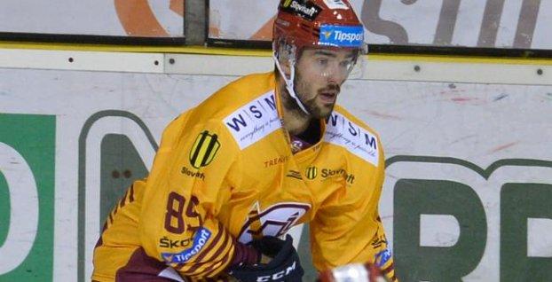 b5596f38c2812 Peter Ölvecký   zdroj: © TASR. Bratislava 2. apríla (TASR) - Slovenský  hokejista Peter Ölvecký ukončil aktívnu kariéru.