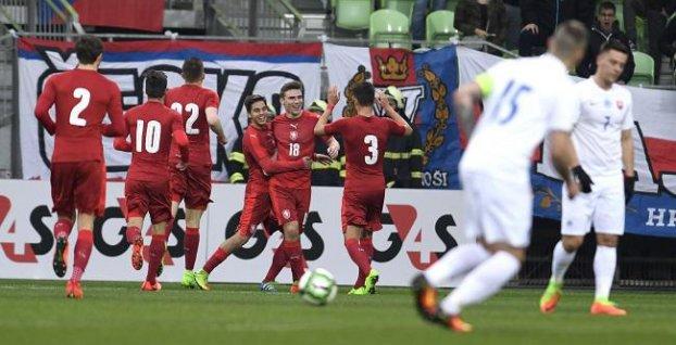 dd6b5a1fce2ff Aby druhá facka za týždeň pre slovenský mládežnícky futbal dostala zmysel
